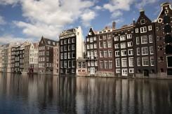 amsterdam-2015-holanda-las-casas-inclinadasjpg